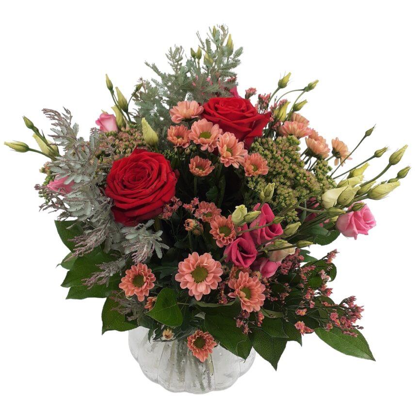 Vacker bukett med höstkänsla hos Bellis Blomsterhandel